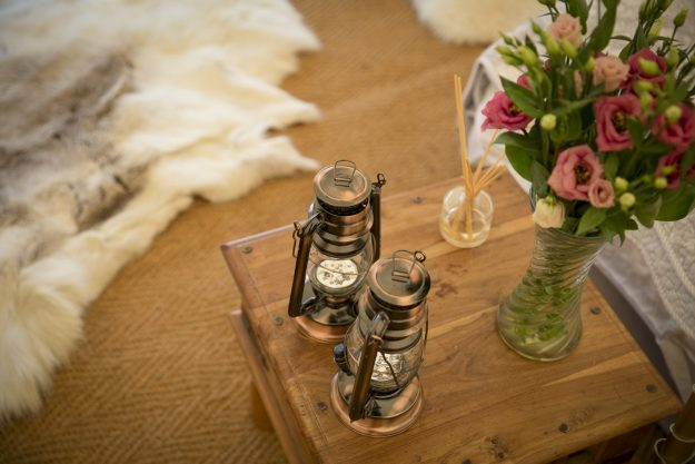 Wedding Glamping Lighting